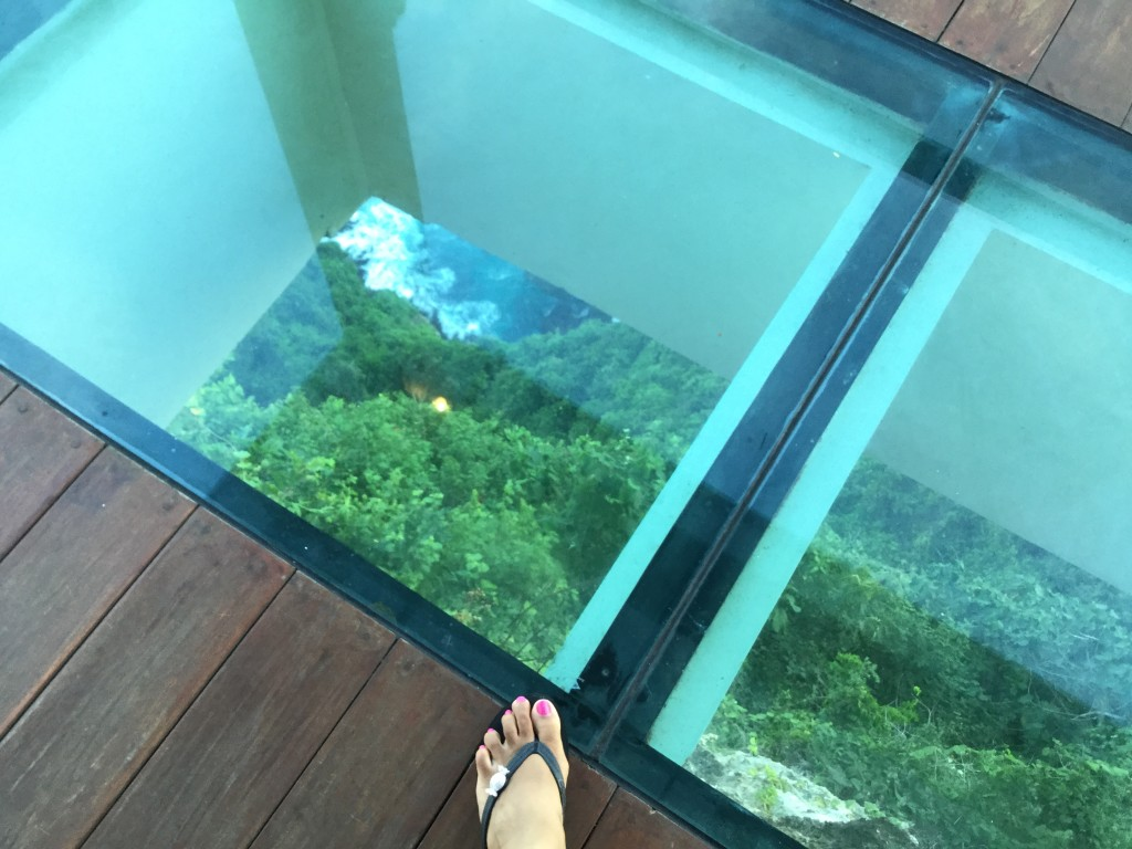 Daring a foot on the glass floor !