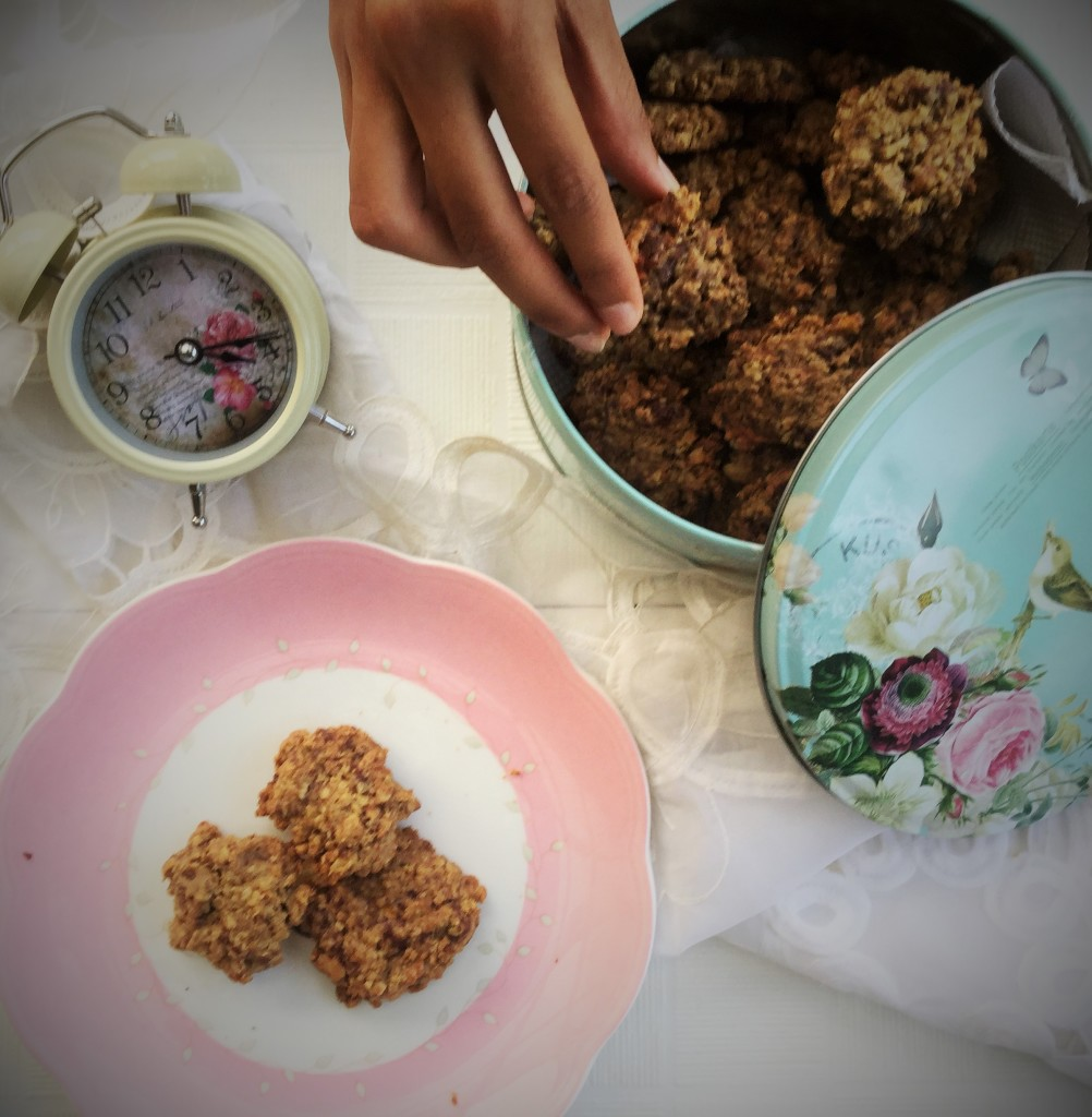 Oat and millet flour cookies
