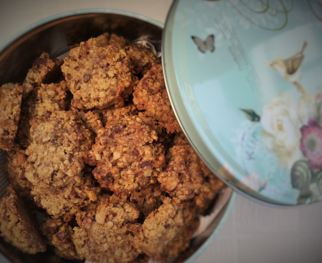 Oatmeal millet cookies close up 2