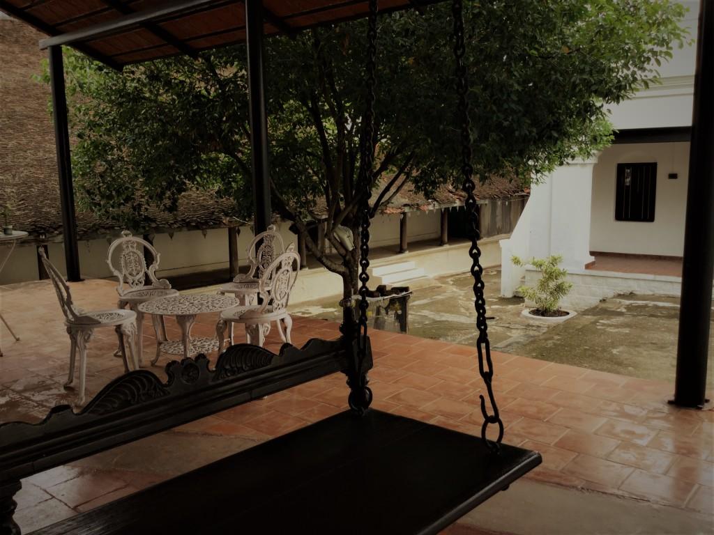 Uthukuli sit out swing